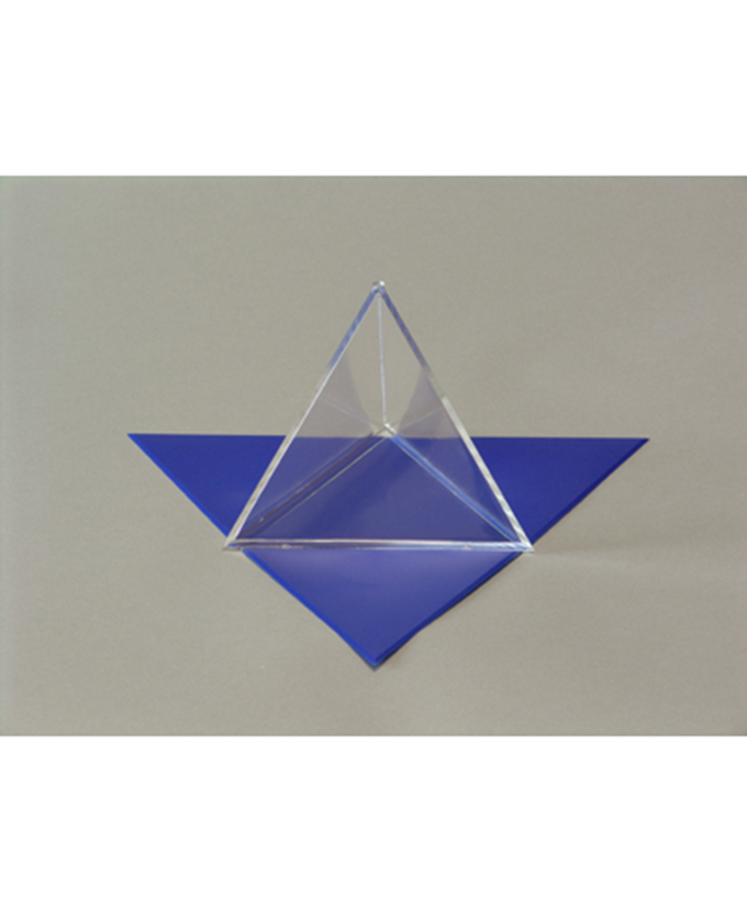Tetraedar s odvojivom mrežom površine