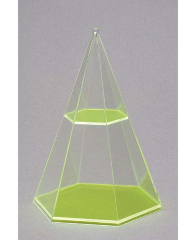 Šesterostrana piramida s vodoravnim presjekom
