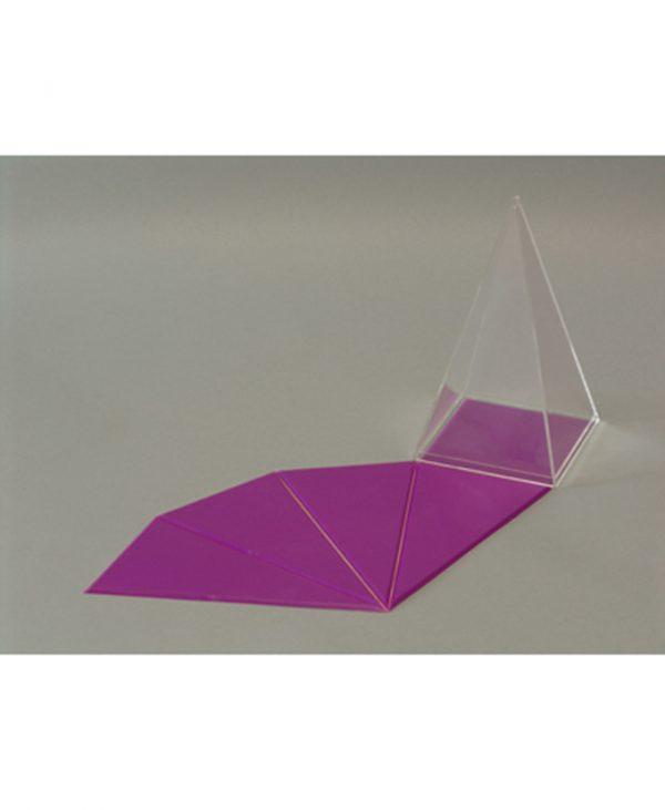Četverostrana piramida s unutarnjom, odvojivom, mrežom površine