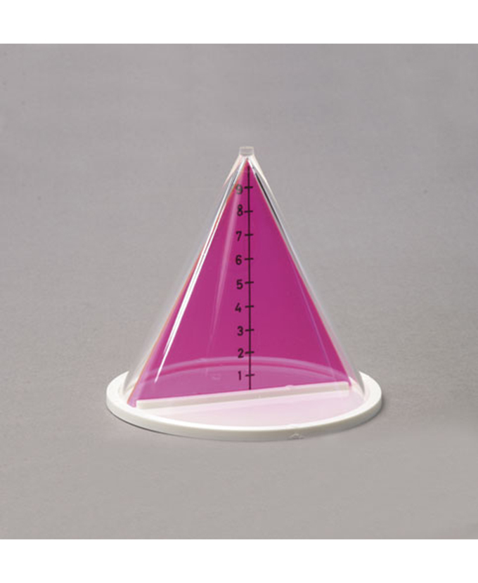Stožac s odvojivim vertikalnim presjekom i oznakama visine