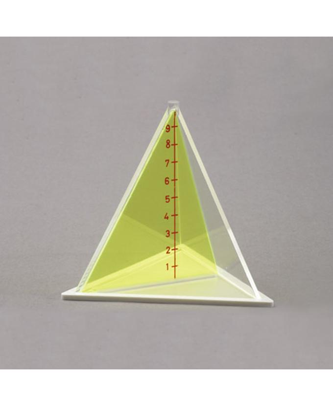 Trostrana piramida s odvojivom sekcijom