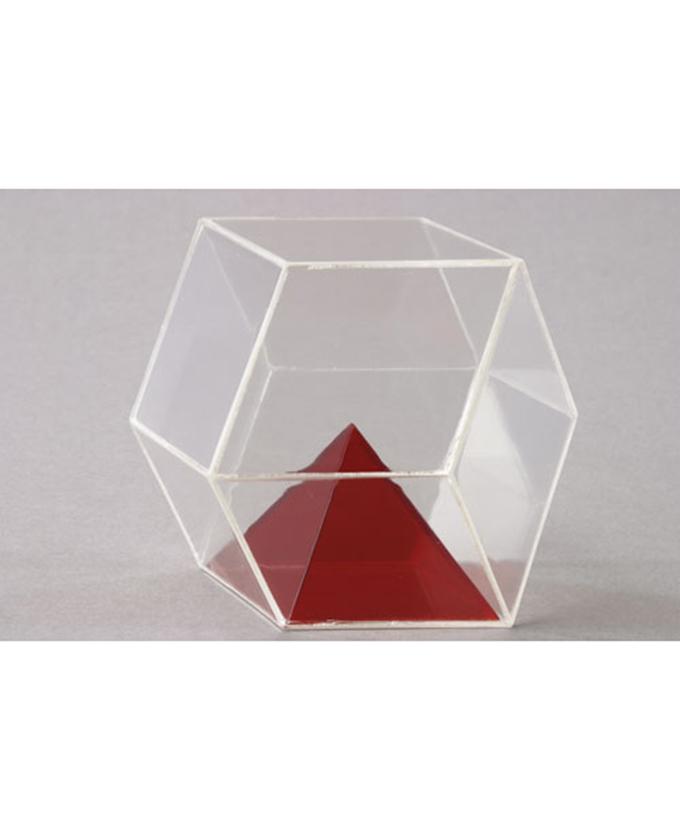 Piramida u rombododekaedru