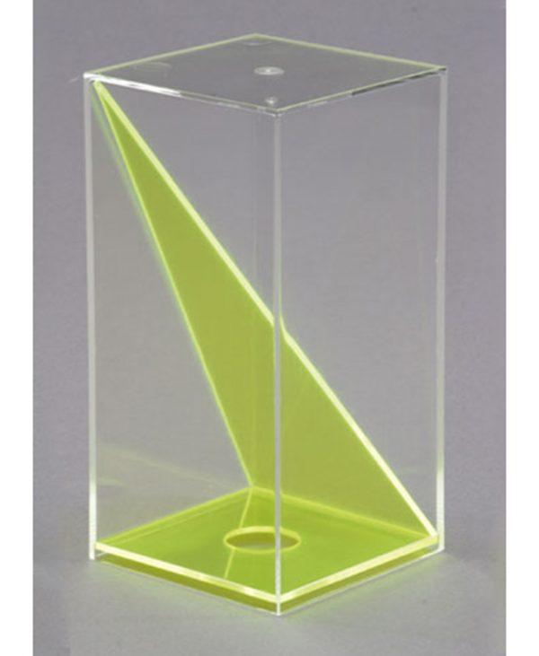 Kvadratna prizma s odvojivom pravokutnom dijagonalom